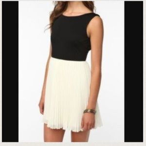 KNT by Kova and T Black and White Dress